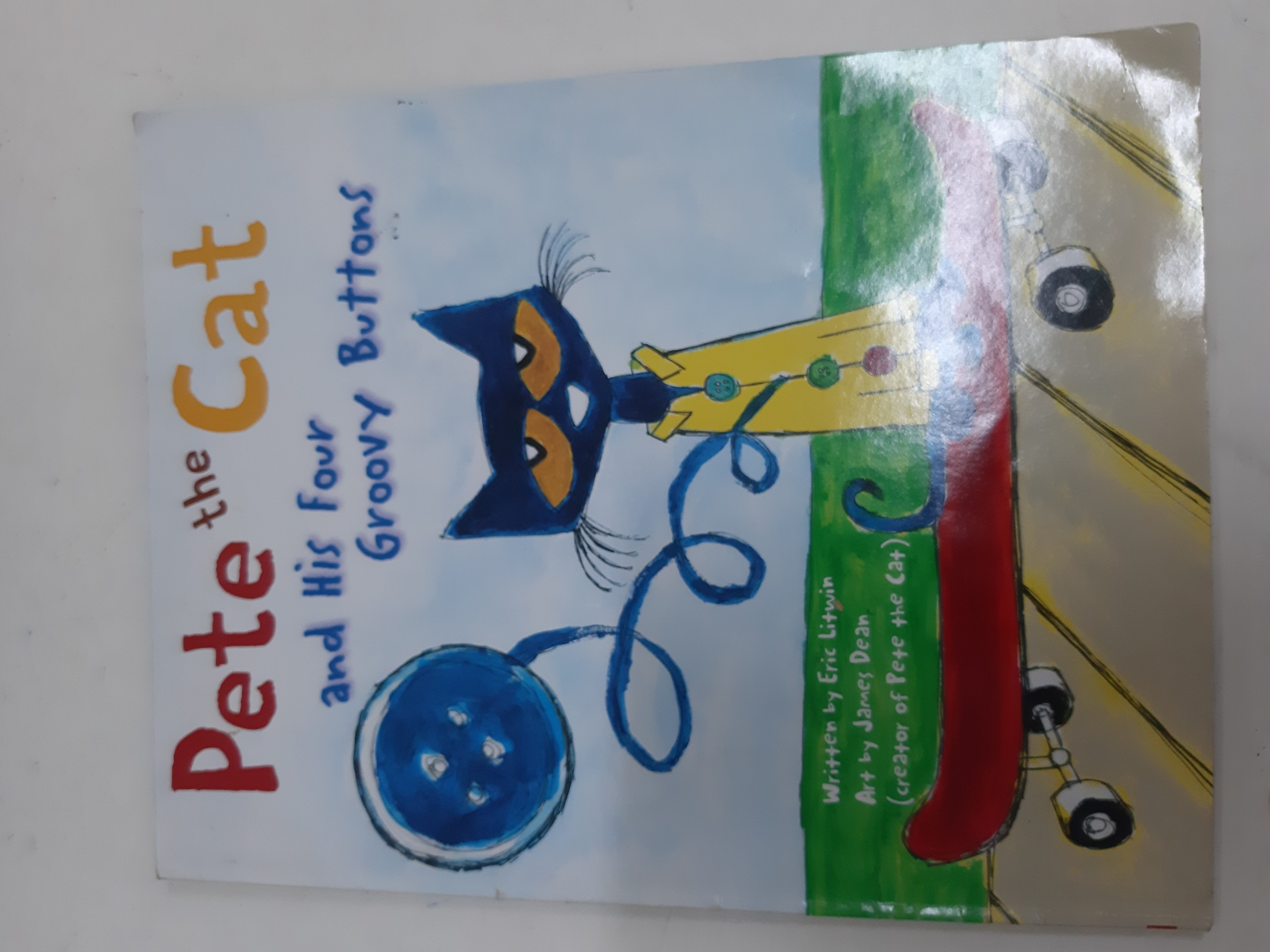 Pete the cat and his fours groovy buttons