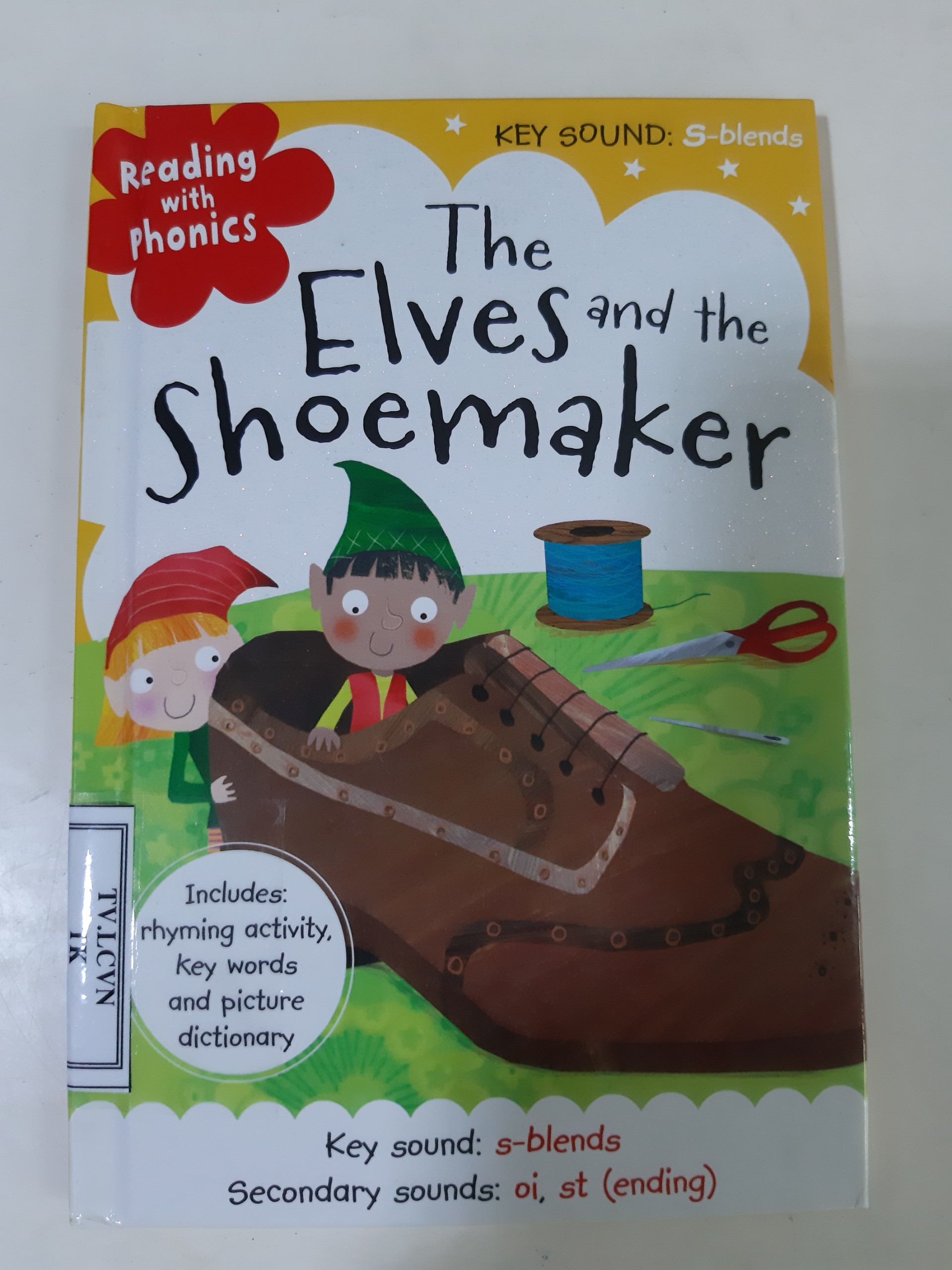 Reading with Phonics: The Elves and the Shoemaker